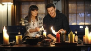 Bones 06x16 : The Blackout in the Blizzard- Seriesaddict